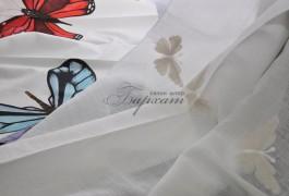 бабочки - модный принт сезона, представлен в абсолютно разном исполнении.это может быть как печать на портьерных тканях, так и вышивка на тюле